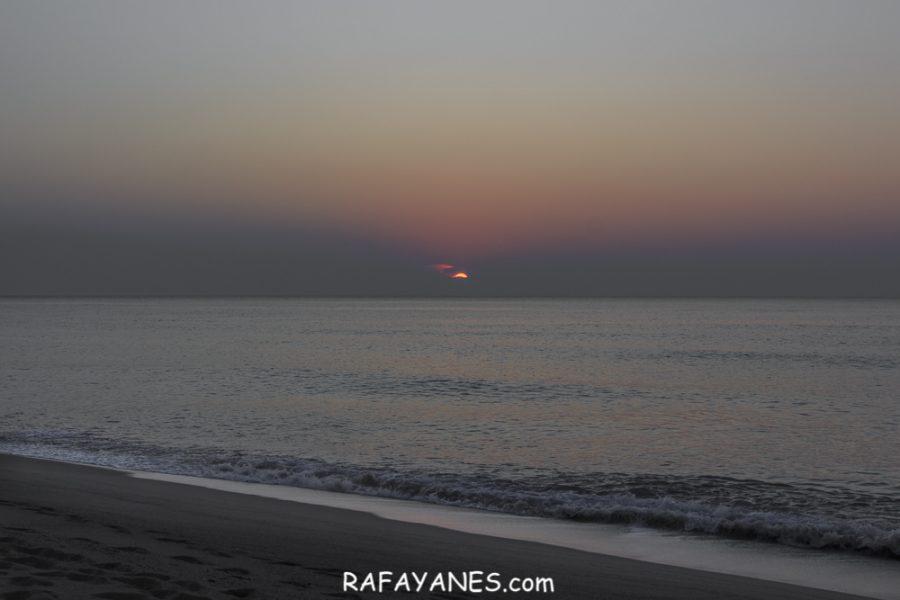 Amanecer desde la playa