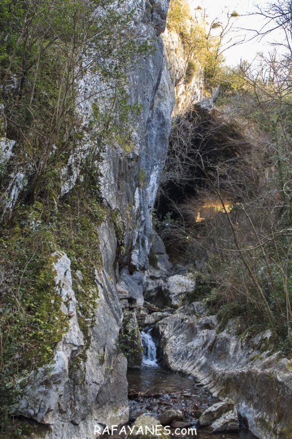 Ruta por Guipúzcoa y Navarra Zugarramurdi