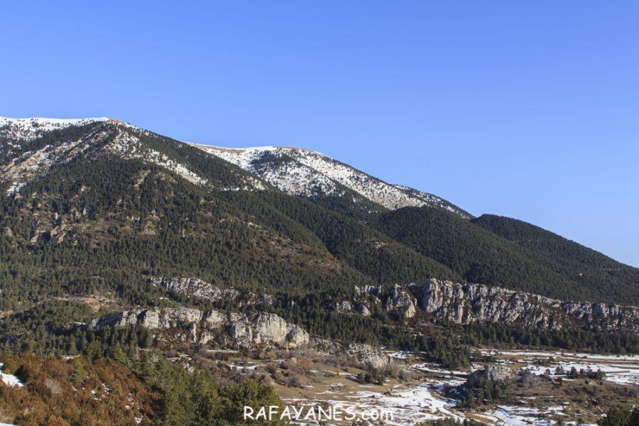 Ruta: Pueblo de Peguera abandonado con nieve
