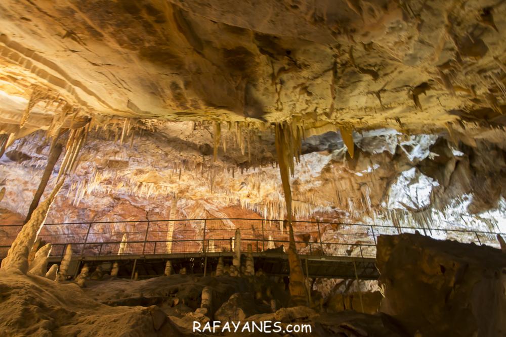 Viaje al Centro de la Tierra: Grottes des Grandes Canalettes (Francia)