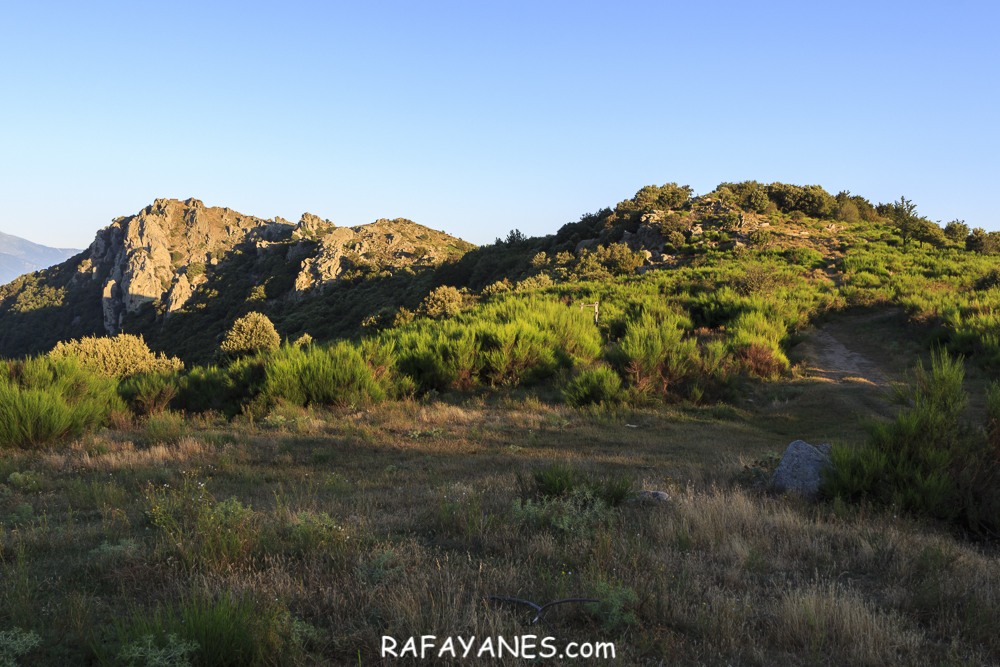 Ruta: Puig de Sant Cristau (1.015 m.) y Puig Neulós ( 1.257 m.) (Els 100 Cims)
