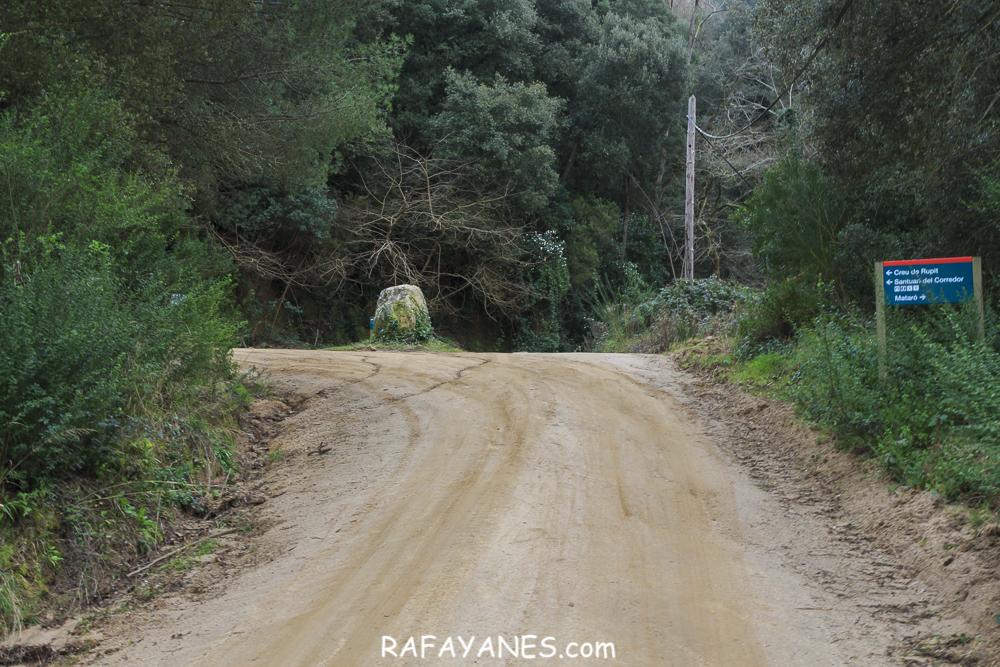 Ruta: Creu de Rupit –Canyamars –Creu de Rupit (El Montnegre y El Corredor)